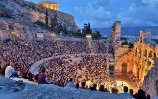 Το Ηρώδειο καλωσορίζει τον Σεπτέμβριο με συναυλία του Μανώλη Μητσιά για τα 50 του χρόνια στο τραγούδι.