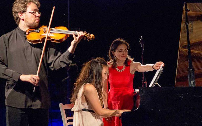 Ανάμεσα στα πεύκα της Σάμου ανθούν οι νέοι μουσικοί