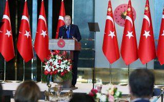 «Αν δεν εγκαταλειφθεί η τάση για μονομερείς ενέργειες και δεν αποκατασταθεί ο σεβασμός, θα υποχρεωθούμε να αναζητήσουμε νέους φίλους και συμμάχους», τόνισε ο Ταγίπ Ερντογάν σε άρθρο του στους New York Times του Σαββάτου.