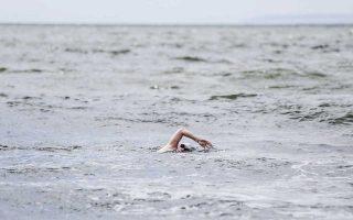 Η Τζέιμι Μόναχαν σε διάστημα 16 ημερών θα κολυμπήσει από ένα μαραθώνιο στο ανοιχτό νερό σε έξι διαφορετικές ηπείρους, ξεκινώντας από το Μανχάταν της Νέας Υόρκης.