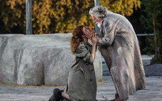 Ενας θίασος Ιταλών ηθοποιών ερμηνεύει τους ρόλους στον «Οιδίποδα επί Κολωνώ».