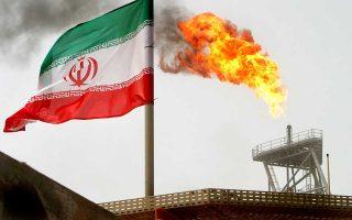 Η ένταση στις σχέσεις ΗΠΑ - Ιράν έχει πιέσει προς τα πάνω τις τιμές του πετρελαίου.