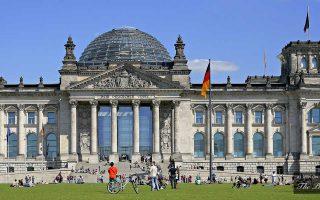 Η Γερμανία επισήμανε ότι η Τουρκία θα πρέπει να αποφασίσει μόνη της εάν θα προσφύγει στο Διεθνές Νομισματικό Ταμείο (ΔΝΤ).