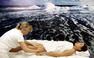«Παλιότερα βλέπαμε το spa περισσότερο σαν είδος φυσικοθεραπείας, δεν ήταν τόσο πολύ στη φιλοσοφία μας, αλλά τώρα έχει μπει στην καθημερινότητα και των ξενοδοχείων και των διαφόρων μπουτίκ μασάζ», λένε επαγγελματίες από τον τομέα της Διά βίου Μάθησης.