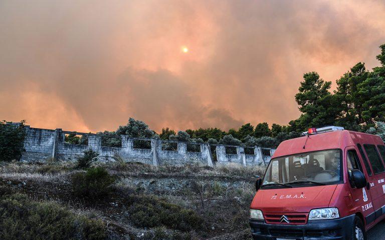 Αισιοδοξία Πυροσβεστικής για την κατάσβεση της πυρκαγιάς στην Εύβοια