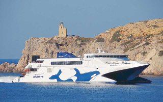 H Seajets έχει γίνει πλέον η μεγαλύτερη εταιρεία ταχύπλοων σκαφών, εξυπηρετώντας 26 νησιά στις Κυκλάδες με σύνδεση από Πειραιά, Ραφήνα και Κρήτη.