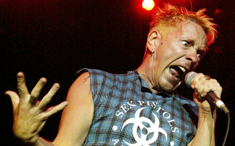 Ο Johnny Rotten των Sex Pistols στα «Χελωνονιντζάκια»