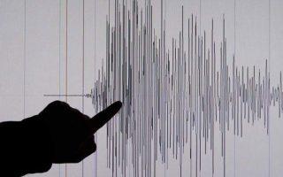 seismiki-donisi-4-1-vathmon-richter-sto-thalassio-choro-tis-santorinis0