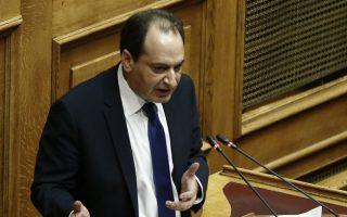Ο υπουργός Υποδομών και Μεταφορών Χρήστος Σπίρτζης μιλάει στη συζήτηση και ψήφιση επί της αρχής των άρθρων και του συνόλου του Σ/Ν του Υπουργείου Εσωτερικών