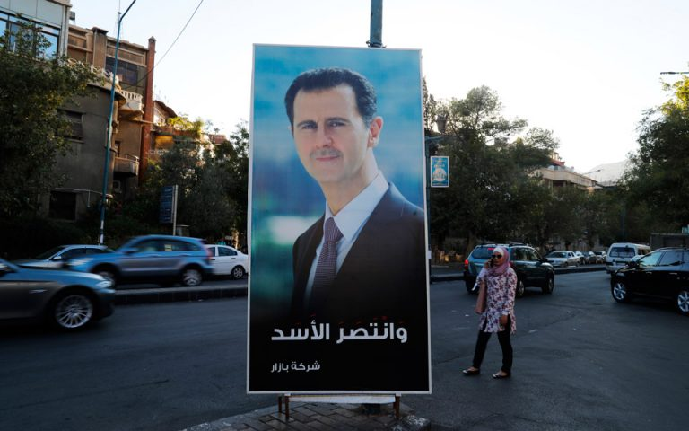Politico: «Σωσίβιο» για τον Ασαντ οι εξαγωγές φωσφορικού άλατος στην Ελλάδα