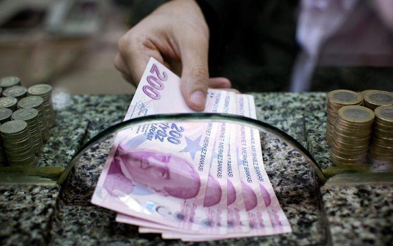 «Χρειάζεται μια αυστηρότερη νομισματική πολιτική για να σταθεροποιηθεί η τουρκική λίρα»