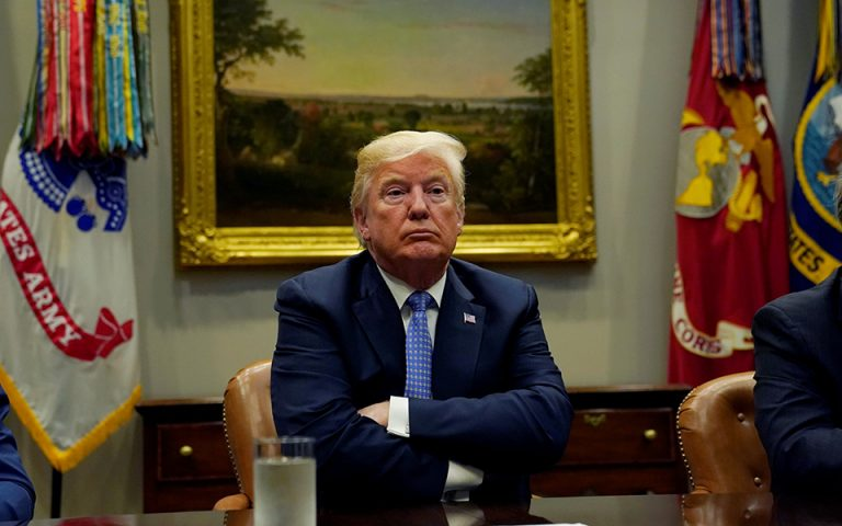 Τραμπ κατά ΜΜΕ: Κανένα χάος στον Λευκό Οίκο