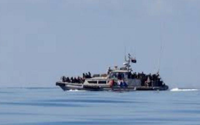 Τυνησία: Τουλάχιστον πέντε μετανάστες νεκροί μετά τη βύθιση σκάφους