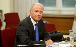 «Χωρίς σταθερή ανάπτυξη, που θα σύρει γρήγορα την οικονομία προς τα εμπρός, η χώρα θα βράζει συνεχώς στο ζουμί της», λέει ο πρώην διοικητής της Τράπεζας της Ελλάδος, Γιώργος Προβόπουλος.