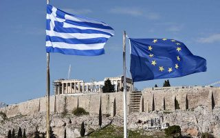 Οι θεσμοί επιστρέφουν στην Αθήνα στις 10 Σεπτεμβρίου και θα έχουν μια πρώτη συζήτηση για το επίμαχο θέμα των συντάξεων με την κυβέρνηση.