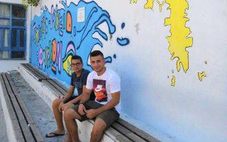 Αντώνης Χάλαρος και Αντώνης Βούλγαρης. Δύο από τους μαθητές που φέτος θα εγκαταλείψουν το νησί για να φοιτήσουν στο Ναυτικό Λύκειο του Πειραιά.