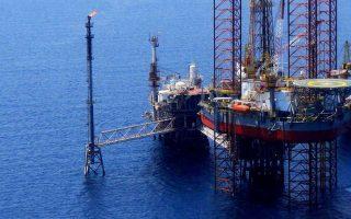 Ανακοινώθηκε η ολοκλήρωση των διαπραγματεύσεων για την υπογραφή της σύμβασης παραχώρησης για έρευνα και εκμετάλλευση υδρογονανθράκων των περιοχών νότια και νοτιοδυτικά της Κρήτης με την κοινοπραξία των Τotal - Exxon Mobil και ΕΛΠΕ και μέσα στην επόμενη εβδομάδα θα υπογραφεί η σχετική σύμβαση.