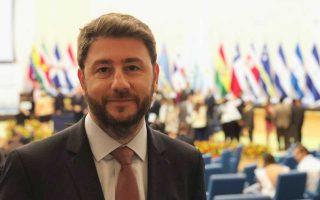 Ο Νίκος Ανδρουλάκης σημειώνει πως οι Ευρωπαίοι Σοσιαλιστές ενοχλούνται από τη συγκυβέρνηση ΣΥΡΙΖΑ-ΑΝΕΛ.