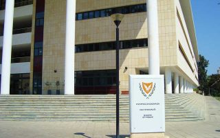 i-s-amp-038-p-anavathmise-tin-kypro-stin-ependytiki-vathmida-2273299