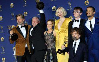 Οι συντελεστές του «Game of Thrones» γιορτάζουν.