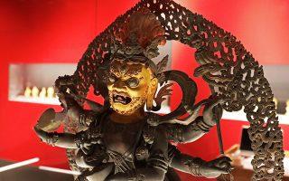 Στην αίθουσα με τα αντικείμενα βουδιστικής λατρείας, χάλκινο αγαλμάτιο του αρχέγονου Βούδα Vajradhara. Δυναστεία Qing, βασιλεία Qianlong.