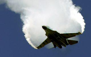 Ρωσικό μαχητικό - βομβαρδιστικό Σουχόι-30 σε επιδείξεις το 2005.