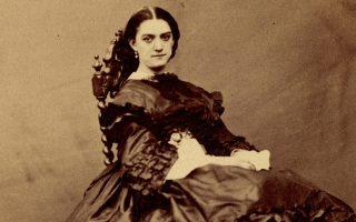 Η Κονστάνς Κενιό, σε φωτογραφία του Ναντάρ γύρω στα 1870.