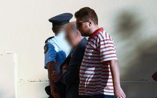 Ο ιδιοκτήτης κοσμηματοπωλείου μετήχθη χθες στο δικαστήριο και πήρε προθεσμία από τον ανακριτή.