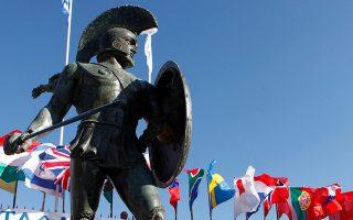 Το άγαλμα του Λεωνίδα στη Σπάρτη θα υποδεχθεί τους υπεραθλητές μιας εξαντλητικής προσπάθειας, η οποία θα ανταμειφθεί με ένα δάφνινο στεφάνι.