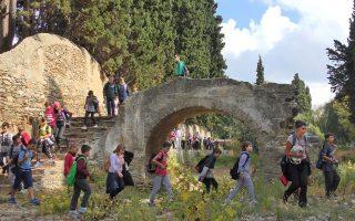 Από 6 έως 18 Οκτωβρίου, η Ανδρος υποδέχεται περιπατητές από την Ελλάδα και το εξωτερικό, στο πλαίσιο του Andros On Foot Festival.