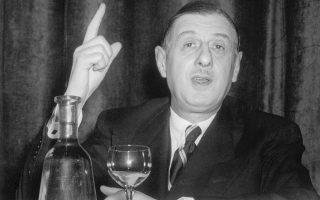 Εφόσον ένας πολιτικός ποτέ δεν πιστεύει αυτά που λέει, πραγματικά εκπλήσσεται όταν οι άνθρωποι βασίζονται στον λόγο του. Charles de Gaulle.