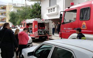 Πυροσβεστική και αστυνομία ειδοποιήθηκαν για πυρκαγιά σε σπίτι και για έναν άνδρα που κρατάει όπλο στο Άργος, Κυριακή 30 Σεπτεμβρίου 2018. Στο σημείο έσπευσαν οχήματα της Πυροσβεστικής και δυνάμεις της Αστυνομίας, ενώ υπάρχουν πληροφορίες για πυροβολισμούς στην περιοχή. ΑΠΕ-ΜΠΕ/ ΑΠΕ-ΜΠΕ/ ΜΠΟΥΓΙΩΤΗΣ ΕΥΑΓΓΕΛΟΣ