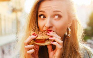 giati-to-fast-food-einai-epikindyno-gia-tin-ygeia-2274802