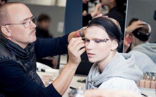 paris-fashion-week-to-beauty-look-toy-dior-itan-empneysmeno-apo-ton-monterno-choro0