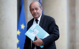 «Η Γαλλία ανέκαθεν υποστήριζε το κυρίαρχο δικαίωμα της Κύπρου για διερεύνηση και εκμετάλλευση των φυσικών πηγών της, σύμφωνα με το ευρωπαϊκό και το διεθνές δίκαιο. Το έχουμε ευθέως αναφέρει στις τουρκικές αρχές», τονίζει ο Ζαν-Ιβ Λε Ντριάν.