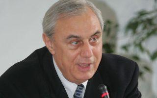 Ο ΥΠΠΟ Γιώργος Βουλγαράκης και ο πρόεδρος της Εταιρείας Ενοποίησης Αρχαιολογικών Χώρων Κυριάκος Γριβέας (φωτό)  παρουσίασαν σήμερα τα σχέδια ανάπλασης της πλατείας Μοναστηρακίου, Τετάρτη 7 Φεβρουαρίου 2007.