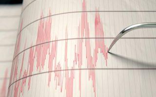 seismiki-donisi-3-8-vathmon-richter-anoikta-tis-ko0