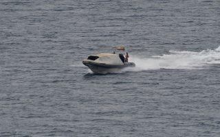 Ταχύπλοο σκάφος του Λιμενικού Σώματος πλέει  στην παραλία της Καραθώνας στο Ναύπλιο, Παρασκευή 18 Μαΐου 2018.  ΑΠΕ-ΜΠΕ /ΑΠΕ-ΜΠΕ/ΜΠΟΥΓΙΩΤΗΣ ΕΥΑΓΓΕΛΟΣ