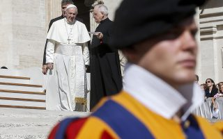 epa07014284 Pope Francis (L) during his weekly general audience in St. Peter's Square at the Vatican, 12 September 2018.  EPA/FABIO FRUSTACI