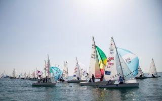 oi-kairikes-synthikes-anevalan-gia-tis-3-noemvrioy-to-sailing-marathon0