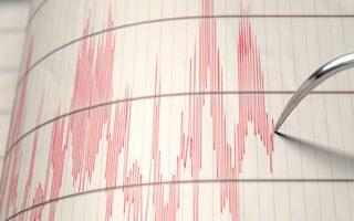 seismos-4-2-richter-sta-toyrkika-paralia-amp-8211-egine-aisthitos-sti-rodo0