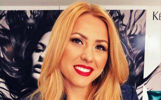 Η 30χρονη Βικτόρια Μαρίνοβα στον τοπικό τηλεοπτικό σταθμό TVN.