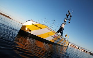 Ο τελικός γύρος του διαγωνισμού για τη χαρτογράφηση του βυθού σε μεγάλα βάθη θα λάβει χώρα στη θάλασσα ανοιχτά της Καλαμάτας. «Η Καλαμάτα επελέγη λόγω της εγγύτητάς της στα βαθιά νερά», λένε οι συντελεστές.