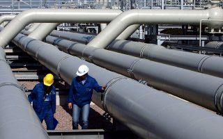 Το Ριάντ ανακοίνωσε χθες πως υπέγραψε συμφωνίες ύψους 50 δισ. δολαρίων στους κλάδους του πετρελαίου, του φυσικού αερίου και των υποδομών.