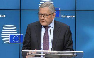 Οι Ευρωπαίοι κατέστησαν σαφές τις προηγούμενες μέρες, μέσω του επικεφαλής του ESM Κλάους Ρέγκλινγκ, ότι μια εξέλιξη σαν αυτή που διαφημίζει η κυβέρνηση, με πλήρη αναστολή των περικοπών των συντάξεων και ταυτοχρόνως εφαρμογή πρόσθετων δημοσιονομικών παρεμβάσεων 766 εκατ., δεν είναι εφικτή.