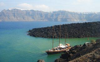 Τα πλούσια σε θεραπευτικές ιδιότητες νερά μεταξύ της Νέας και της Παλιάς Καμένης προβλέπεται να γίνουν πόλος έλξης ταξιδιωτών.
