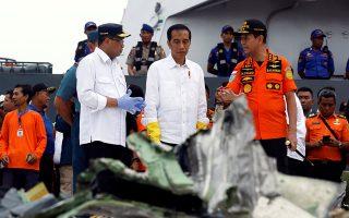 indonisia-to-aeroskafos-tis-lion-air-paroysiase-techniko-provlima-mia-imera-prin-apo-ti-syntrivi0
