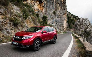Στις στροφές της Βυτίνας το νέο Honda CR-V έδειξε τις εξαιρετικές οδηγικές του ικανότητες και τη δυναμικότητα του κινητήρα του.