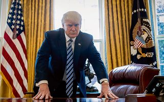Στις αρχές του έτους τέθηκε σε ισχύ ο νόμος για τη φορολογική μεταρρύθμιση στις ΗΠΑ, στο επίκεντρο του οποίου ήταν η μείωση της φορολόγησης των επιχειρήσεων από το 35% στο 21%. Το επίμαχο νομοσχέδιο ψηφίστηκε από το Κογκρέσο και επικυρώθηκε από τον Αμερικανό πρόεδρο, Ντόναλντ Τραμπ, στα τέλη του προηγούμενου έτους.