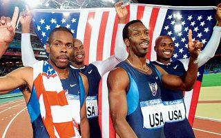 Ο Αμερικανός αθλητής των 200 και 400 μ. (δεύτερος από δεξιά) υπέστη εγκεφαλικό επεισόδιο, το οποίο του δημιούργησε σοβαρά προβλήματα.